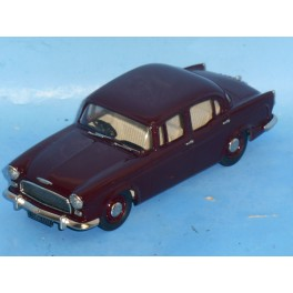 LAN 113  1957 Humber Hawk sedan