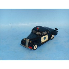 BRK 4x  1937 Chevy SFPD Coupe
